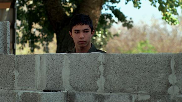 wall_dotdotdot15